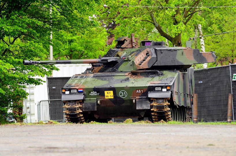 zzVehicle (3).JPG (818×543) Militaire voertuigen